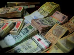 Jewellery Purchase Cash Above Rs 2 Lakh Attract Tax From April 1 Report