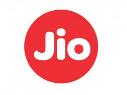 Vodafone Moves Court Against Reliance Jio S Free Voice Calls Offer