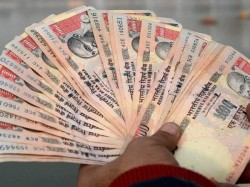 No Rs 1 000 Comeback Yet Don T Overdraw From Atms Urges Government