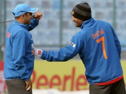 Virender Sehwag Happy About Ms Dhoni S Removal As Ipl Team Rps Captain