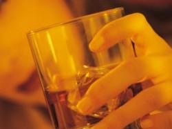 Ysr Congress Mp Says Ban Liquor Poor Consumption Resulting Crimes