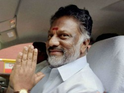 Tamil Nadu Ministers In Talks To Explore Aiadmk Patch Up
