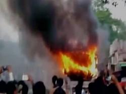 Bihar 8 Dead After Bus Catches Fire Nalanda