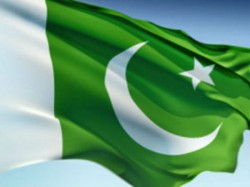 Kashmir Nine Arrested Posing With Pakistan Flags Photo