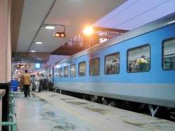 Now Get Train Tickets At Doorstep Cash On Delivery Irctc