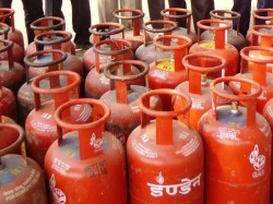 Daily Use Products Lpg Become Cheaper Under Gst
