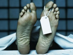 Dead Woman S Body Carried Garbage Trolley