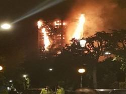 Huge Blaze Engulfs London High Rise 40 Fire Engines At Spot