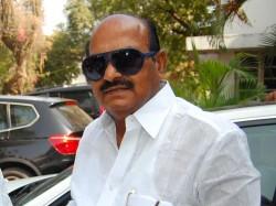 Tdp Mp Jc Diwakar Reddy Creates Ruckus At Visakhapatnam Airport