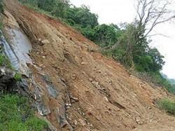 China Many Killed Over 120 Missing As Massive Landslide Buries Village