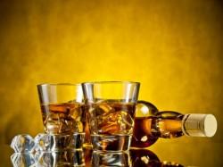Kerala High Court Orders Liquor Can Supply In Private Functions