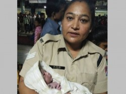 Rpf Constable Helped Woman Deliver Baby At Thane Railway Platform