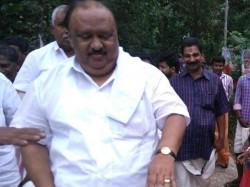 Minister Thomas Chandi Against Ncp State President Uzhavoor Vijayan