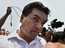 Kapil Mishra Pushed Of Delhi Cm S Janata Darbar