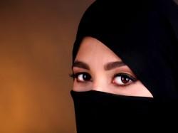 Vadakkanjeri Divorce In Muslim Woman