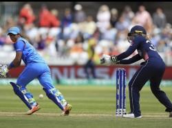 Icc Women S World Cup Cricketing World Salute Harmanpreet Kaur Dazzling Knock