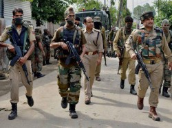 A Policeman Has Lost His Life After Terrorists Attacked Police Party In Kashmir