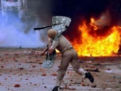 Protests Over Gangster S Encounter Rajasthan Turn Violent