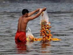 Supreme Court Stays Uttarakhand Hc S Order Declaring Ganga