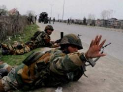 Kashmir Encounter Pulwama 1 Terrorist Killed 2 Holed Up Inside House