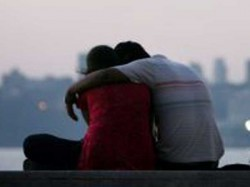 Media Report Two Girls Were Spotted When Roaming With Facebook Lovers Mukkam