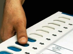Govt Mulling Advance Lok Sabha Election Due April