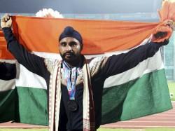 Indian Player Davinder Qualified For Final