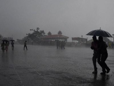 പത്തനംതിട്ട ജില്ലയിൽ 2477 പേർ ദുരിതാശ്വാസ ക്യാമ്പുകളിൽ