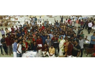 ദുരിതാശ്വാസ ക്യംപുകളിൽ സന്തോഷത്തിന്റെ ഓണം: ജനപ്രതിനിധികളും പങ്കെടുത്തു