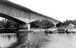 Varapuzha bridge